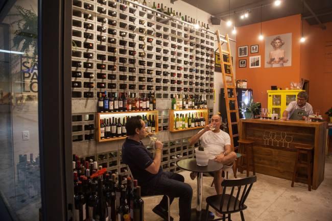 centro de São Paulo ganha wine bar com preços econômicos